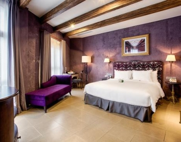 Mercure-Danang -French-Village-Bana-Hills (2)